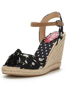 joe-browns-day-dreamer-summer-wedges
