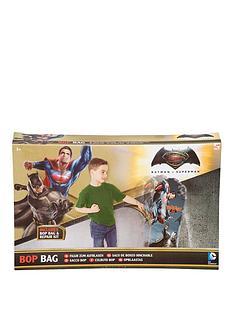 batman-vs-superman-batman-v-superman-bop-bag-and-bop-gloves