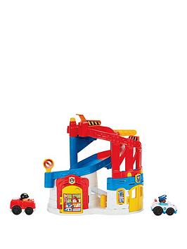 fisher-price-race-and-chase-rescue