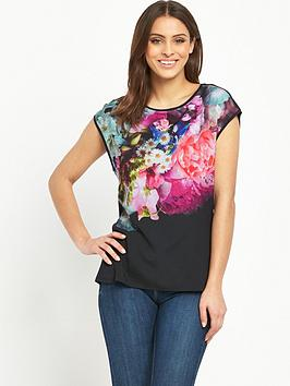 ted-baker-focus-bouquet-woven-front-tee