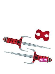 teenage-mutant-ninja-turtles-teenage-mutant-ninja-turtles-movie-2-conceal-and-reveal-raph-sais