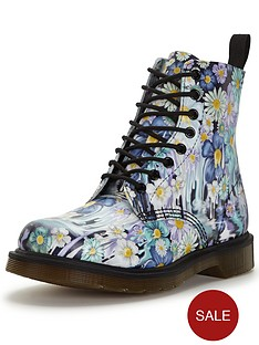dr-martens-pascal-8-eye-boot