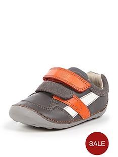 clarks-boys-tiny-zakknbspstrap-shoes