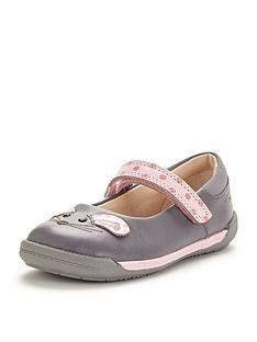 clarks-girls-ivanbsppip-first-shoes