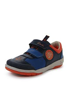 clarks-boys-jetskybuzznbsplight-up-strap-trainer-shoes