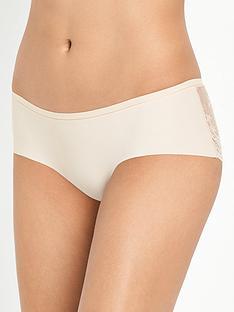 boux-avenue-laser-lace-shorts