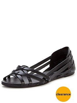 miss-selfridge-huratchinbspflat-leather-sandals