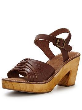warehouse-criss-cross-clog-sandal