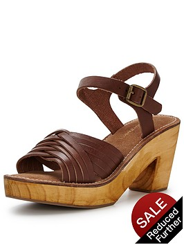 warehouse-criss-cross-clog-sandal