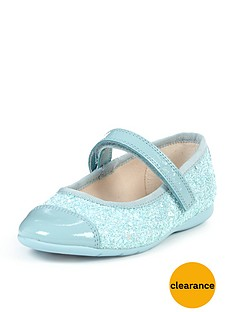 http://media.very.co.uk/i/very/73X67_SQ1_0000000020_BLUE_SLf/clarks-girls-dance-idol-strap-ballerinas.jpg?$234x312_standard$&$roundel_very$&p1_img=very_clearance_roundel