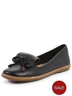 hush-puppies-adena-piper-leather-loafer-shoe