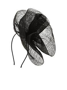 statement-fashion-fascinator