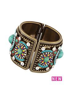 embellished-cuff