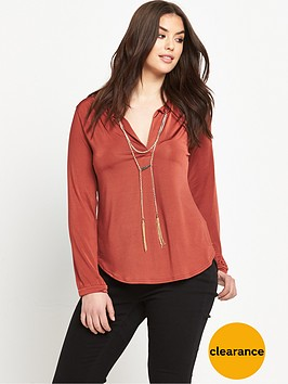 so-fabulous-chain-detail-top