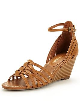 head-over-heels-kruizernbspankle-strap-wedge