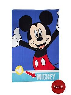 mickey-mouse-fleece-blanket