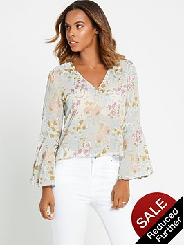 rochelle-humes-floral-fluted-sleeve-blouse