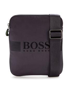 hugo-boss-pouch