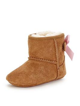 ugg-jesse-baby-bootie