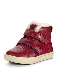 ugg-rennon-strap-boot