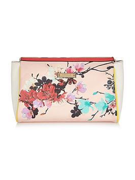 river-island-floral-print-wash-bag