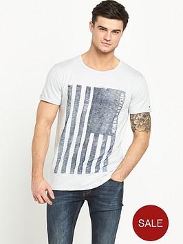 hilfiger-denim-flag-graphic-t-shirt