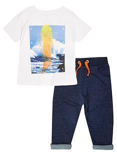 river-island-mini-boys-sea-print-tee-and-denim-joggers-set