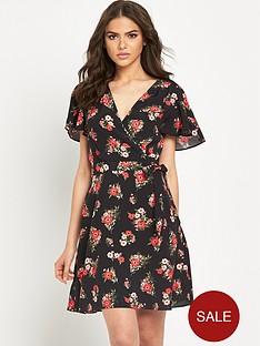 miss-selfridge-printed-tea-dress