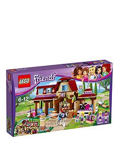 lego-friends-heartlake-riding-club