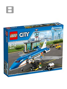 lego-city-airport-passenger-terminal-60104