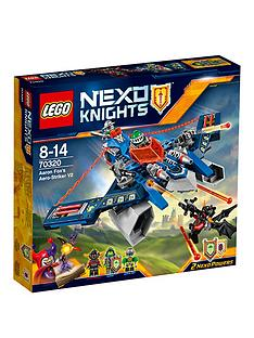 lego-nexo-knights-aaron-fox039s-aero-striker-v2