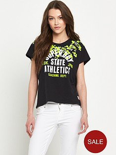 superdry-embroidered-floral-t-shirt