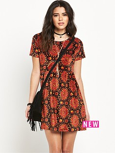 motel-tiara-flame-hot-sun-printed-dress