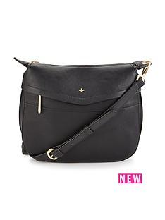 nica-finn-crossbody-bag-black