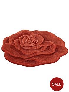 rose-shaped-wool-rug