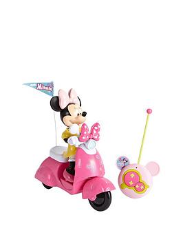 minnie-mouse-bowtique-remote-control-scooter