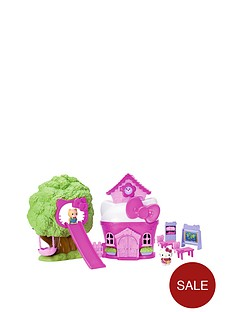 hello-kitty-vellutata-treetops-school-and-play