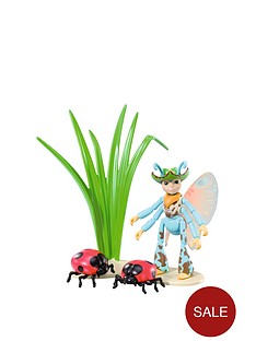 tree-fu-tom-ariela-with-ladybirds