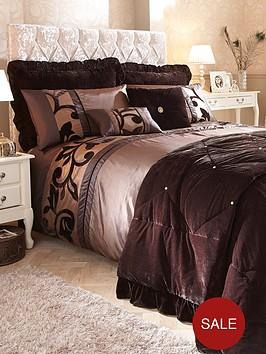 lavina-bedding-range-chocolate