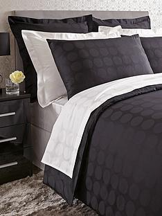 hotel-collection-hotel-circle-duvet-cover