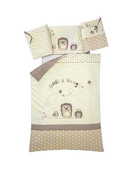 ladybird-hoot-and-hedgey-quilt-and-bumper
