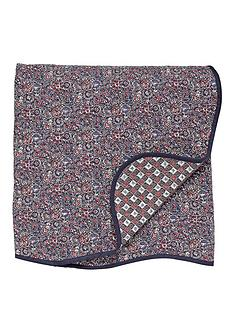 va-sundara-quilted-throw