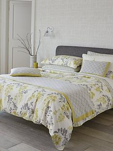 sanderson-wisteria-blossom-duvet-cover-double-and-king-sizes