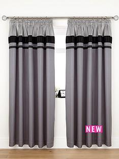 velvet-panel-curtains