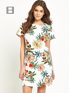 girls-on-film-short-sleeved-printed-shift-dress