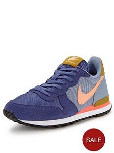 nike-internationalist-running-shoes