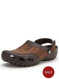 crocs-yukon-sport-casual-sandals