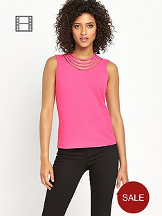 definitions-cut-out-neck-detail-top