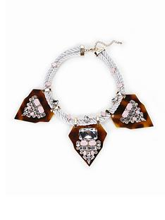tortoishell-embellished-necklace