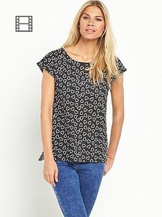south-printed-split-back-cuff-t-shirt
